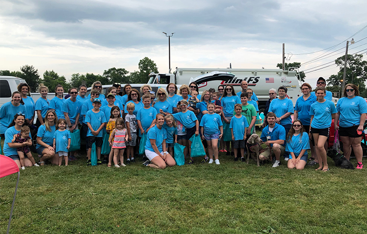 photo of a large group of people wearing Horizon Health t-shirts